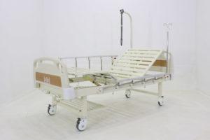 Кровать медицинская механическая Е-8 ММ-2014Н-00 с полкой и столиком