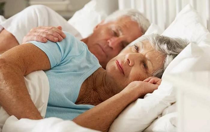 электропростыни для пожилых от бессонницы
